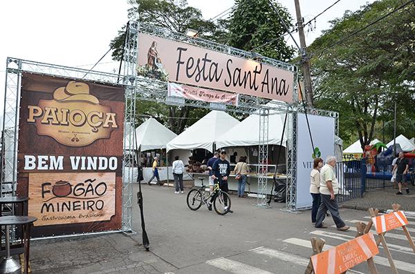 baixa-Festa-Santana-Sousas-2015.jpg
