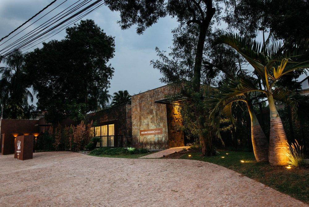 Villa Delikatessen Buffet @ Wanderley Franco (1).jpg
