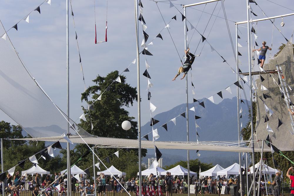 trapeze2.jpg