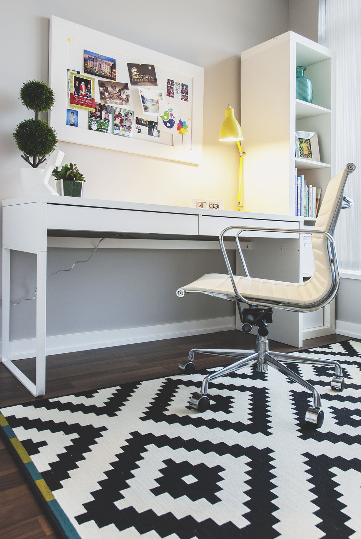 office1_L62.jpg