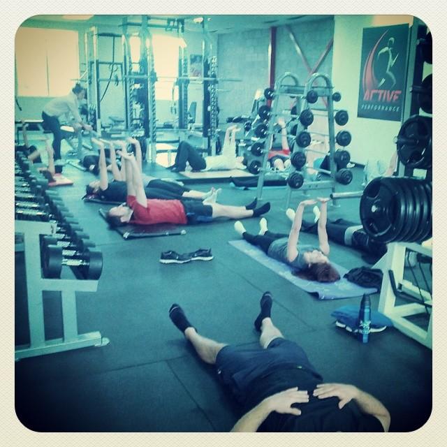 cours de stretching gratuit du samedi matin donné à même les installations d'entraînement du gym de la ville de Beloeil.