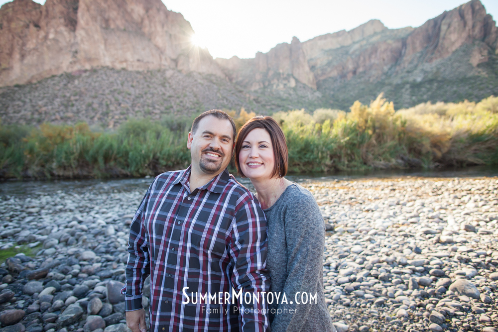 gilbert-family-photographer-salt-river-2