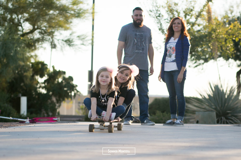 family-skateboarding-kids