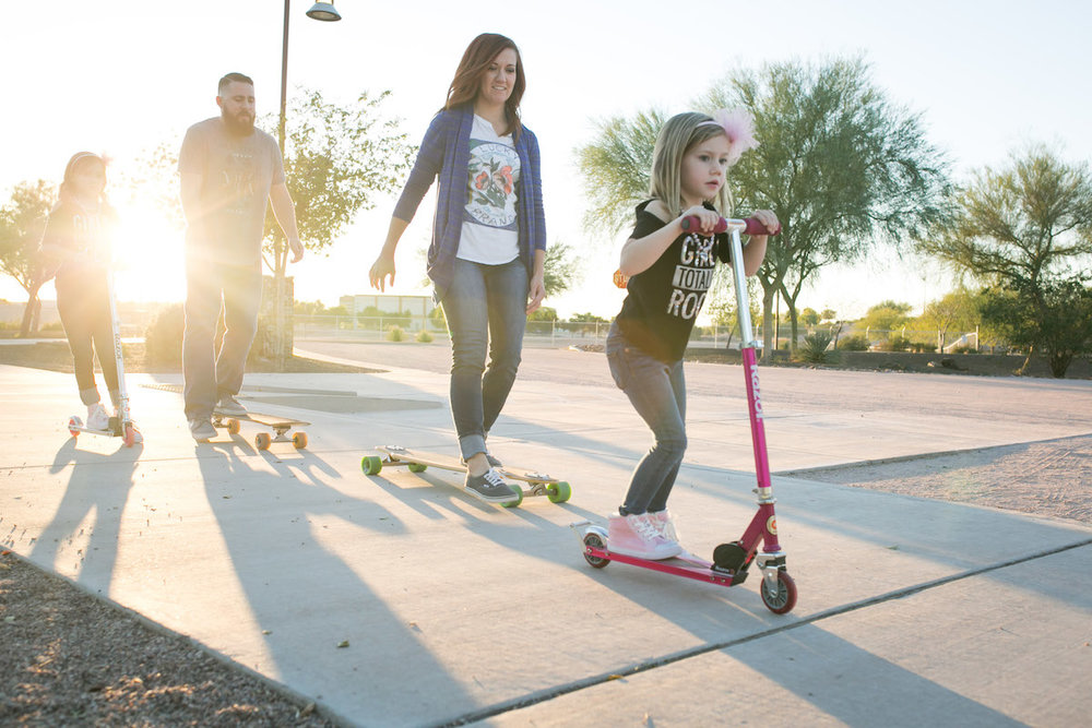 familyf-skateboarding-sunset
