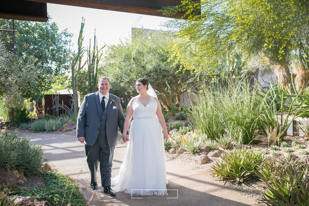 Desert-botanical-gardens-wedding__2829_of_72_29.jpg