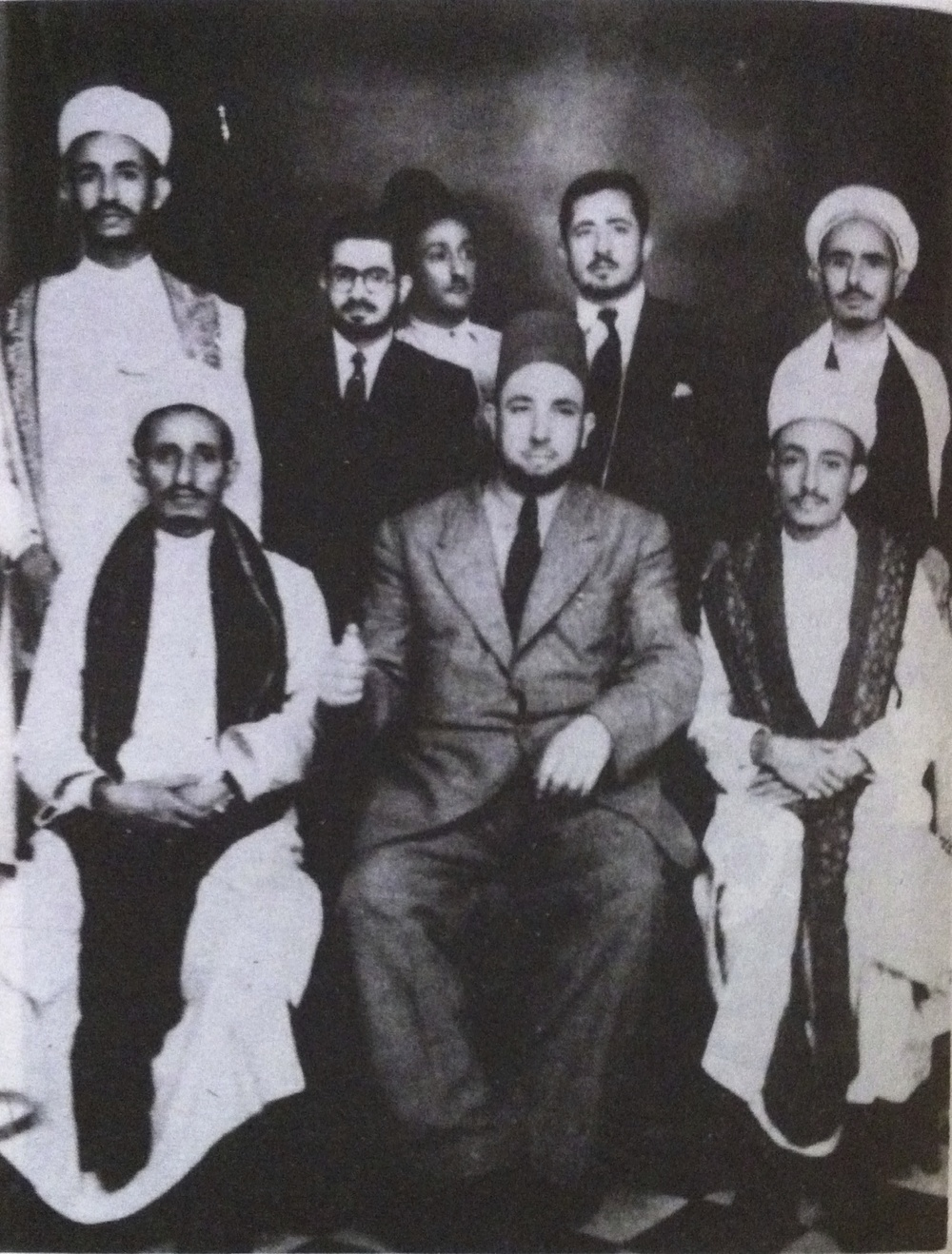 Front row from the right: Hussein Ben Ali Al-Waisi, Al Fadheel Al Wartlani and Abdullah Al Iryani  Back row from left: Mohammed Al Emad, Mohiye AlDin Al 'Ansi, Ahmed Al Horesh, and Zayed Al Al-Moushki  Last row: Ahmed Abdo Nasher *