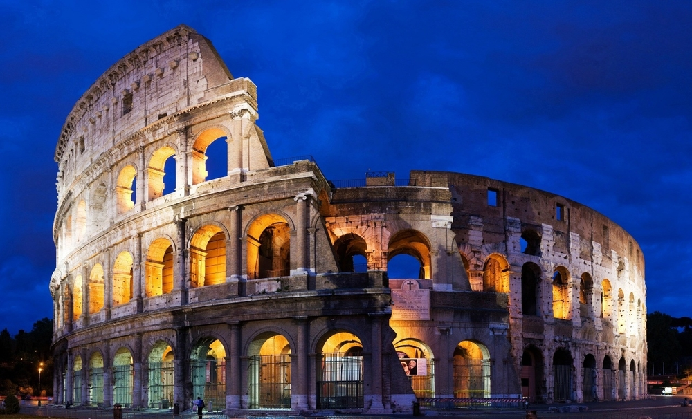colosseum_amphitheatre_rome_italy.jpg