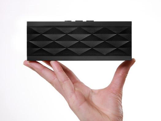 jawbone_jambox_speaker_phone-thumb-525xauto-18771.jpg