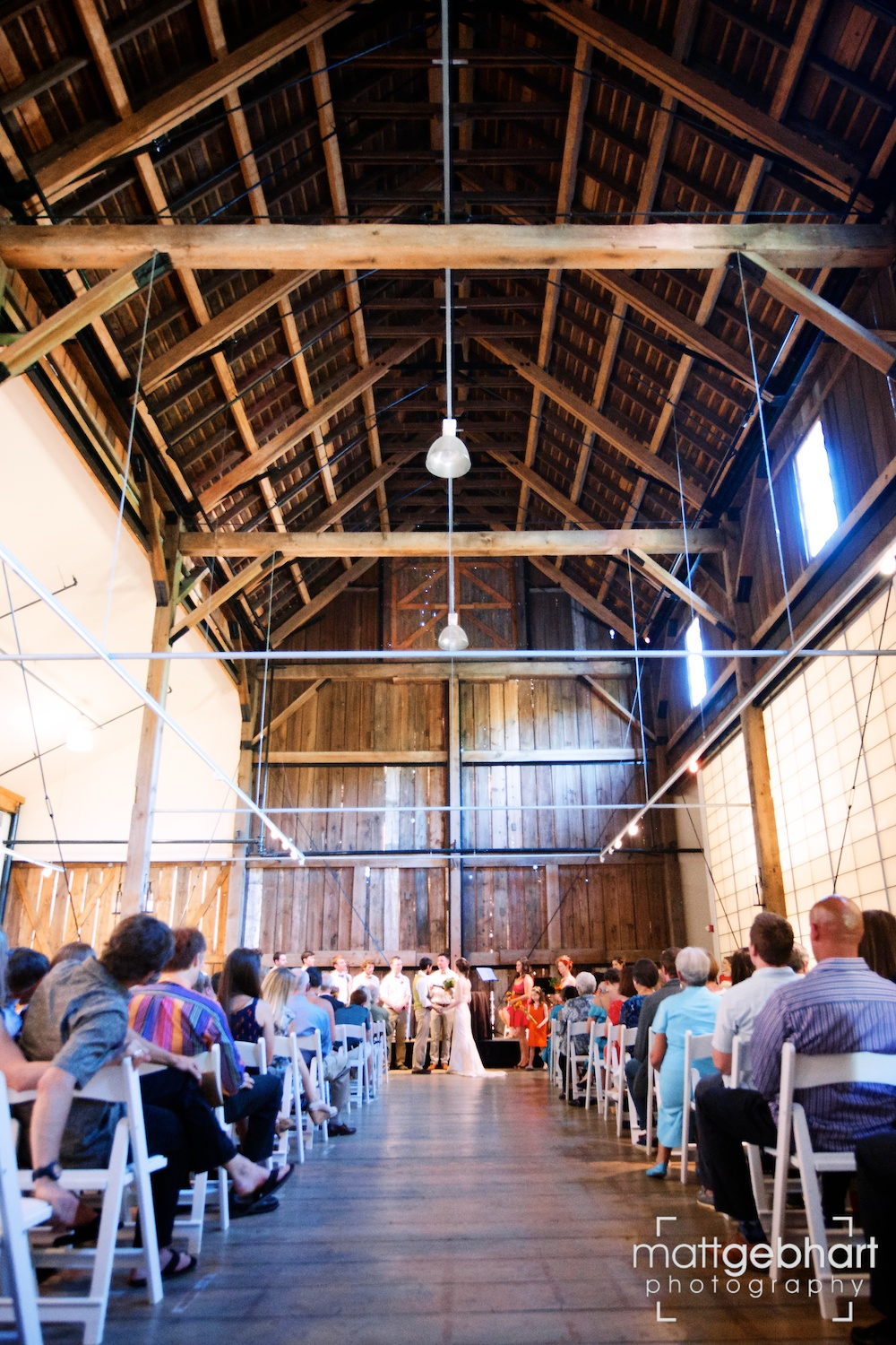 Issaquah barn wedding  013.jpg