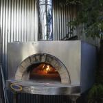サンフランシスコにあるイタリア製のピザ窯