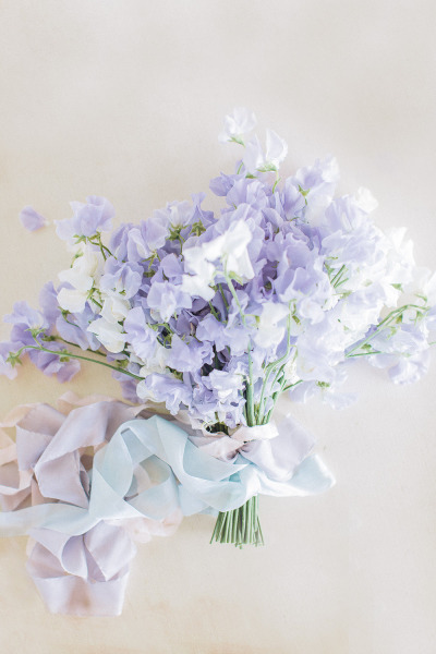 Bouquet by Hey Gorgeous Events photographed by Bradley James via Style Me Pretty
