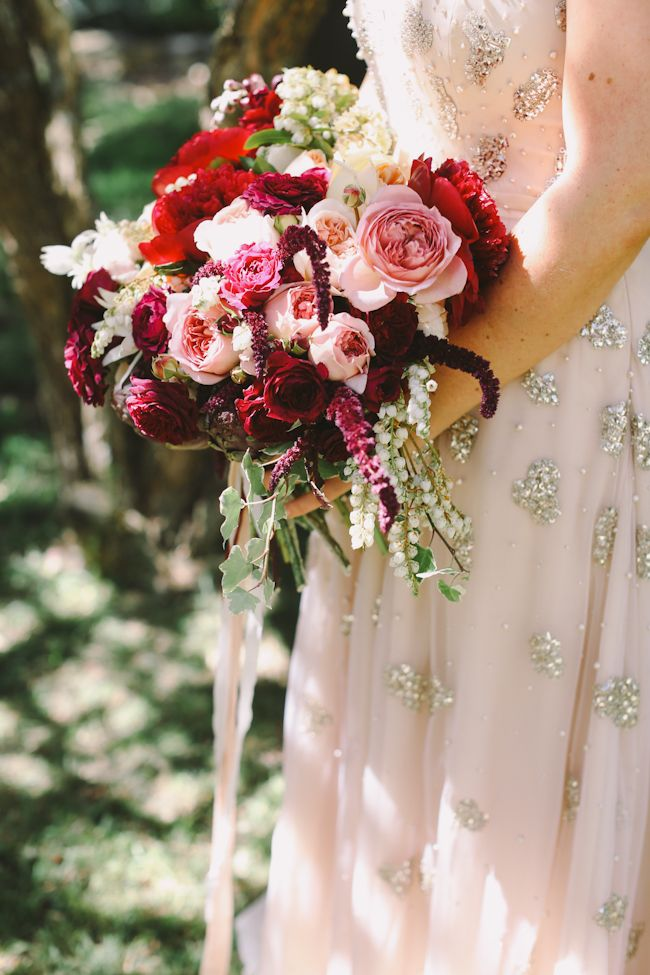 Jardine Botanic Floral Styling bouquet from Lara Hotz via Green Wedding Shoes