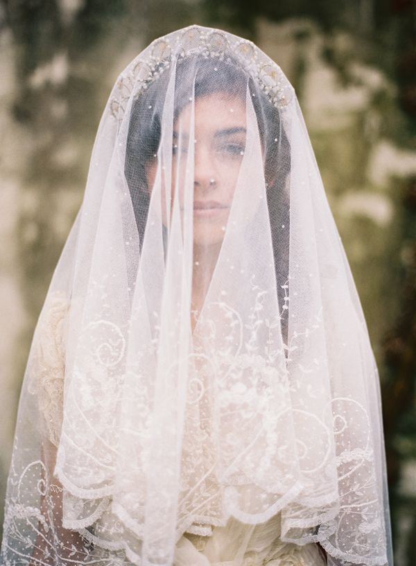 Vintage veil from  Joy Thigpen  via  Once Wed