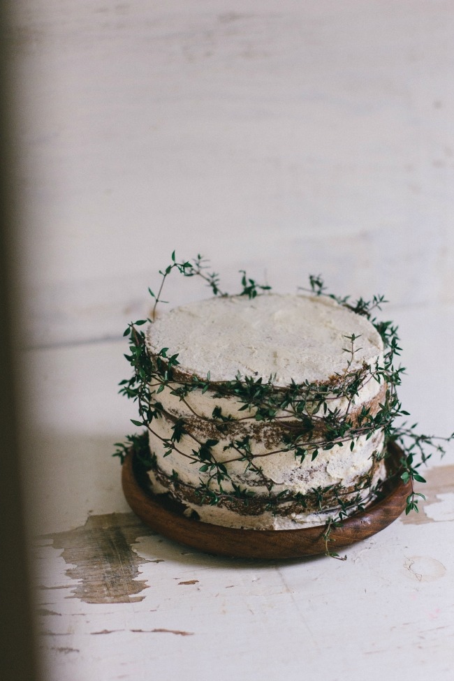 Spice cake with cardamom-coffee frosting