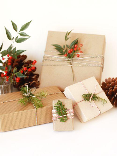 Baker's twine giftwrap