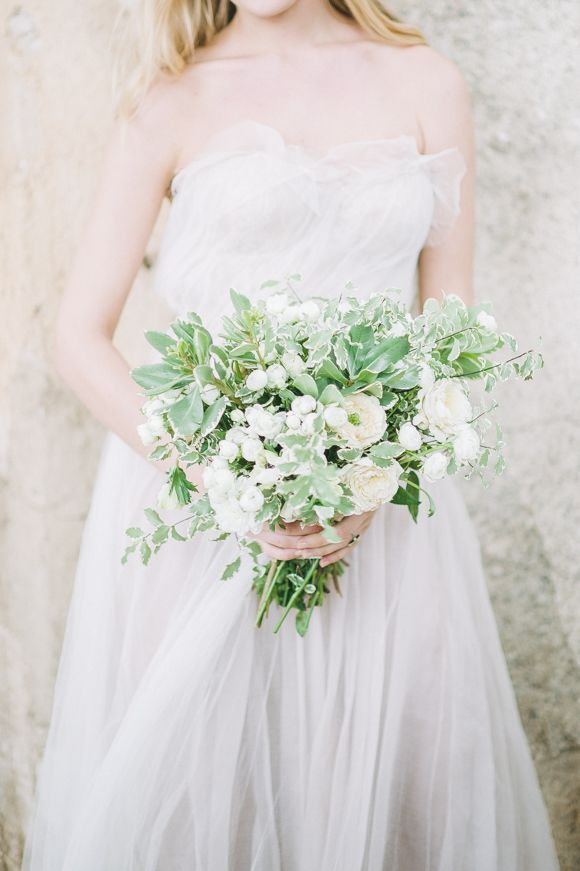 Joy Proctor Design  bouquet via  Wedding Sparrow