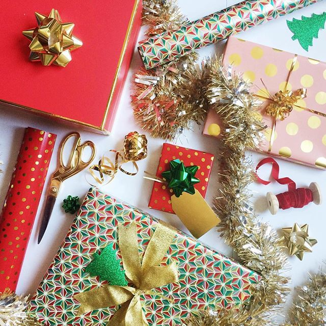 Festive Holiday Wrapping Ideas - Lindsey Brunk