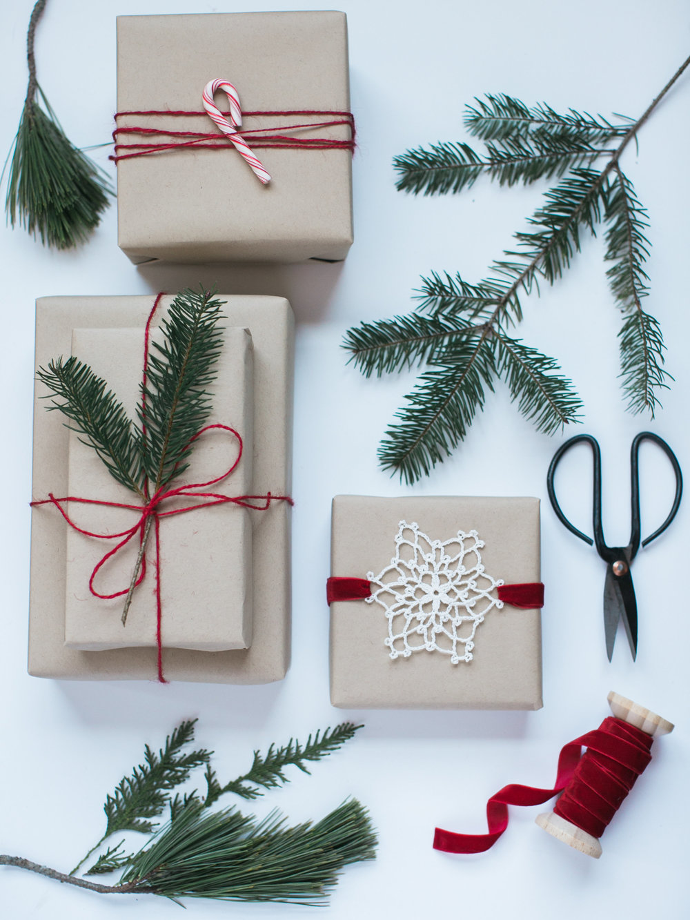 DIY Holiday Wrapping Inspiration - Lindsey Brunk
