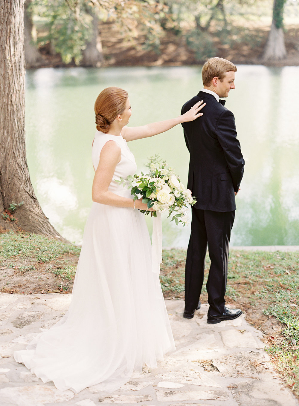 Black & White Hill Country Wedding - Lindsey Brunk
