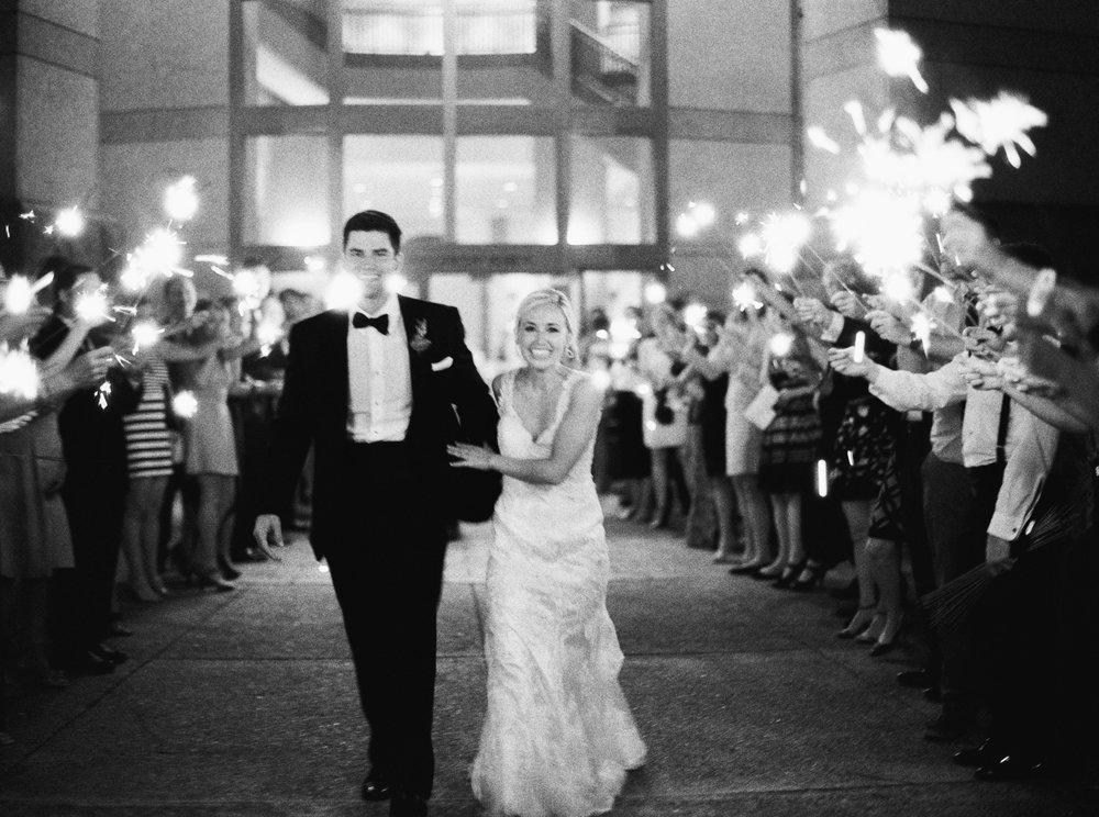 Classic Austin Wedding - Lindsey Brunk