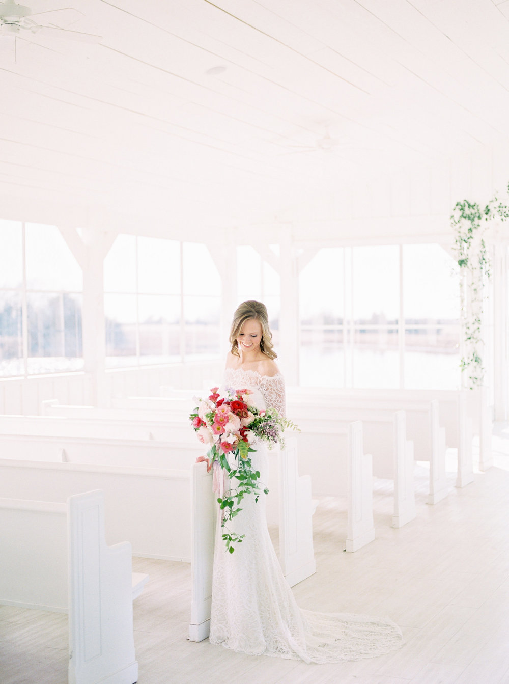 Vibrant Winter Wedding - Lindsey Brunk