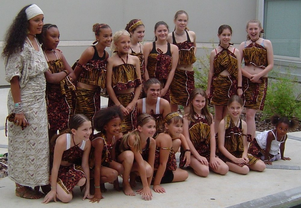spirit dancers 2006-04-22 Olapetun Ayoodeji Zari Hayley Emma Nicole Miriam, Jessica Kayla Rachel Oyinnadun Danielles Sophia Angelia Lizzie Efun.jpg