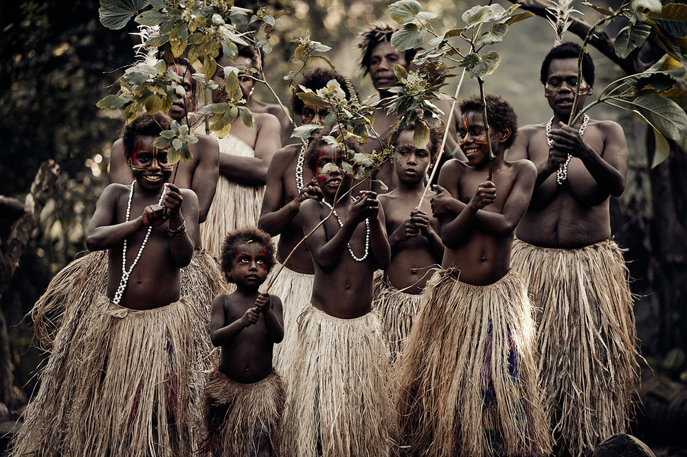 Yakel villagers on Tanna Island  - Jimmy Nelson,   BEFORE THEY PASS AWAY
