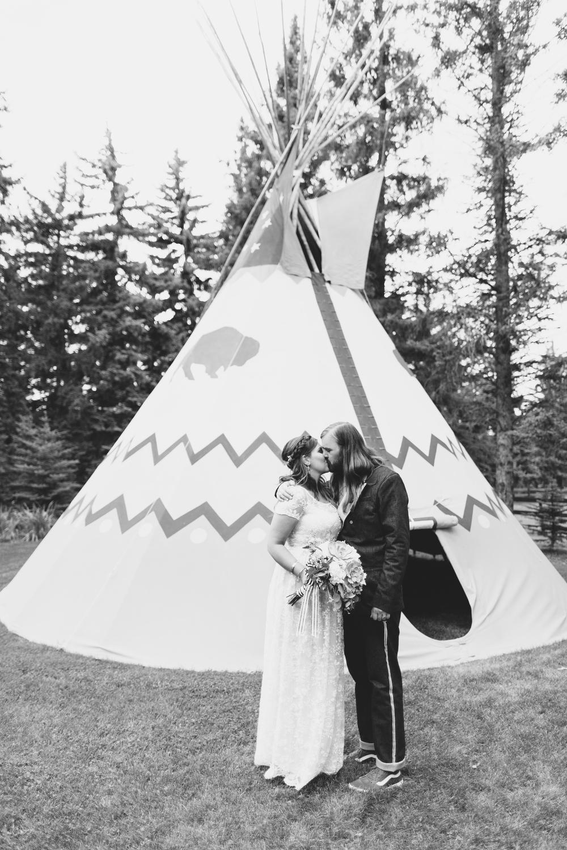 Shuana & Darrell Wedding-284.jpg