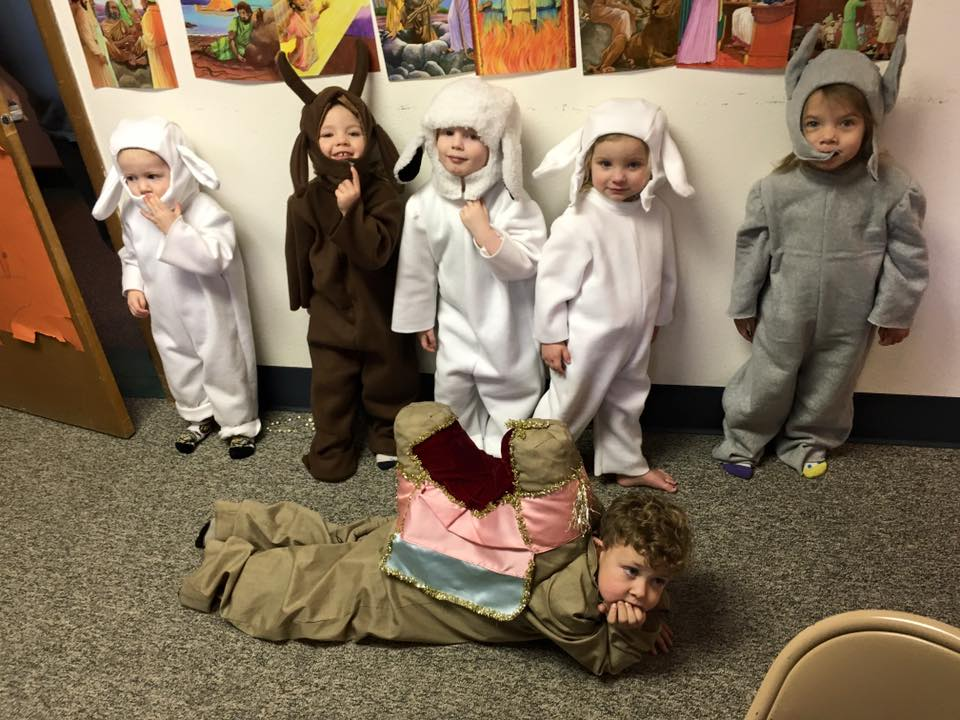 Christmas Play dress rehearsal preschoolers 2015