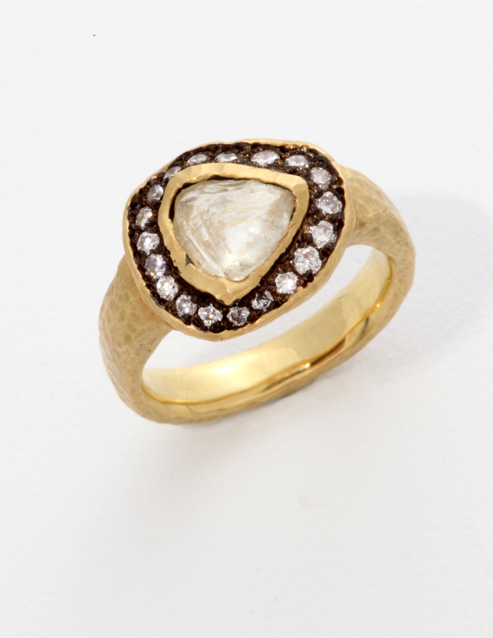 18k yellow gold, uncut center and small round diamonds