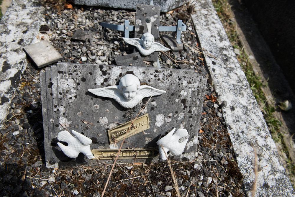 059_2017_0613_Thiais_Cemetery_0064.jpg