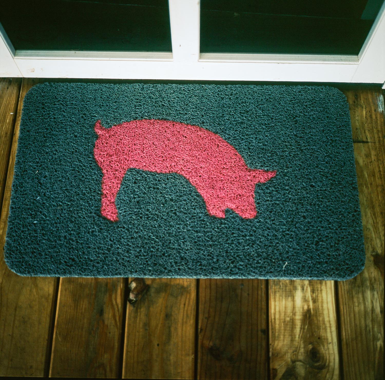 roll pig new surgical dispenser mat absorbent mats