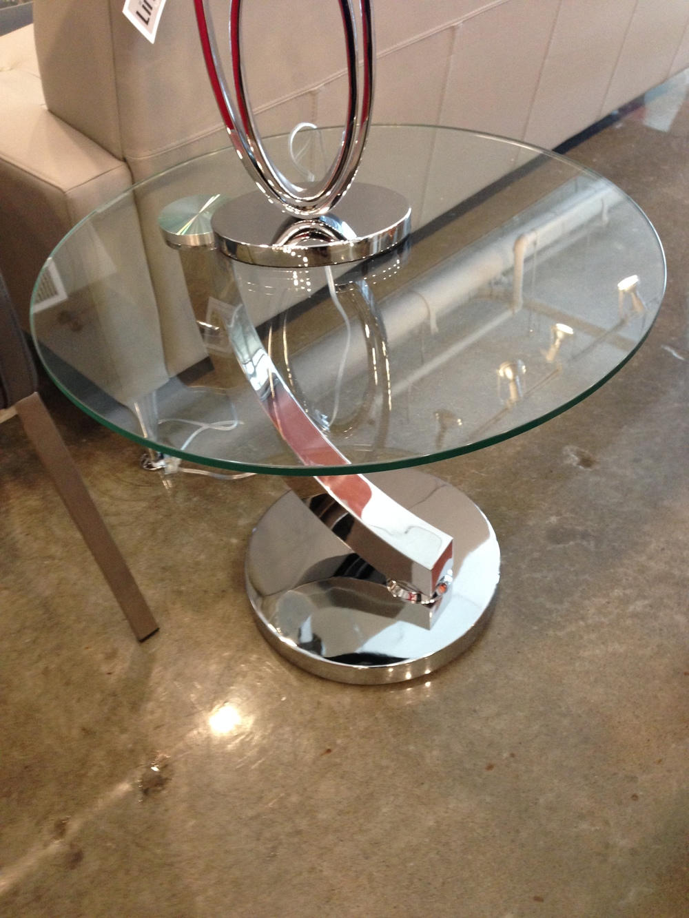 Italia end table