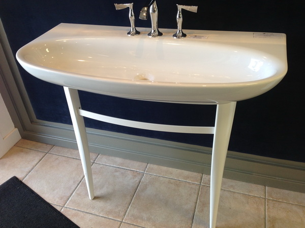 Interesting freestanding vanity ..not sure I like the proportions...but its kinda neat!