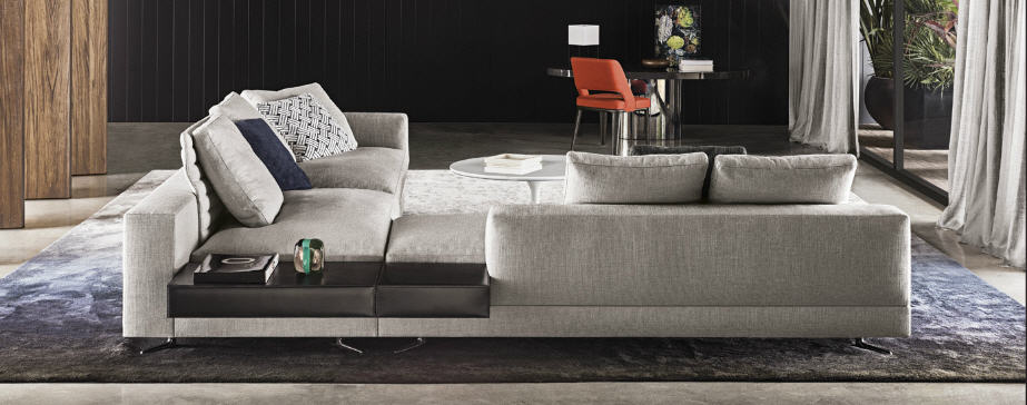 Gorgeous sofa from  Minotti ....one of my favourite suppliers for timeless , contemporary furniture.