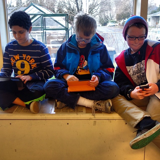 3 boys, 3 tools... January 13, 2014 at 0143PM.jpg