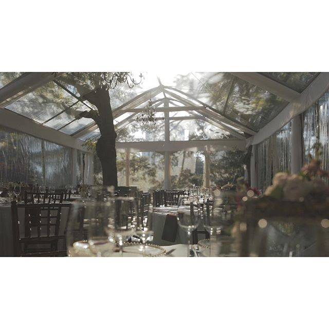 sunlight shining into the beautiful tented patio at Graydon Hall Manor. . . . . . #OneHeartFilms #OHF #love #wedding #TorontoWeddingFilms #TorontoWeddingVideo #TorontoWeddingVideographer #weddingfilms #weddingvideos #weddingday #weddinginspiration #weddingvenue #graydonhallmanor #realwedding #torontoweddingvenue #weddings #weddingpatio