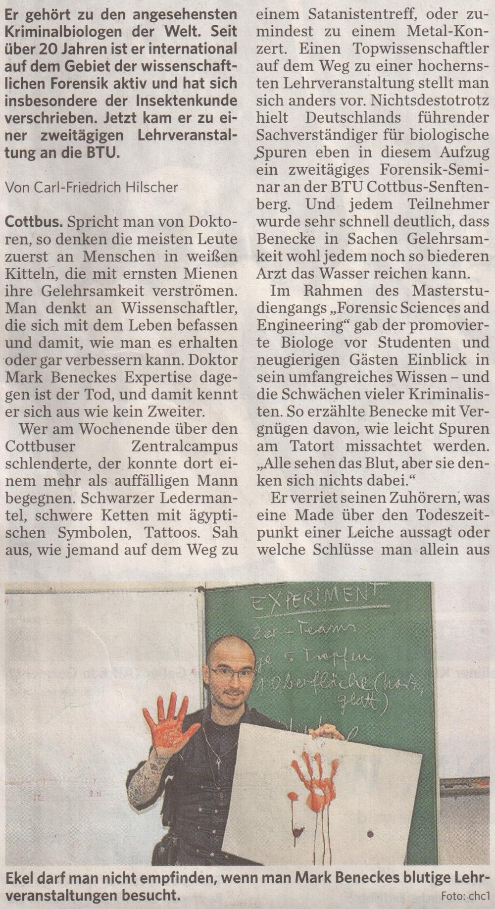 2015_06_Cottbuser_Rundschau_Schweineblut_und_Maden_an_der_BTU_Carl_Friedrich_Hilscher_2.jpg