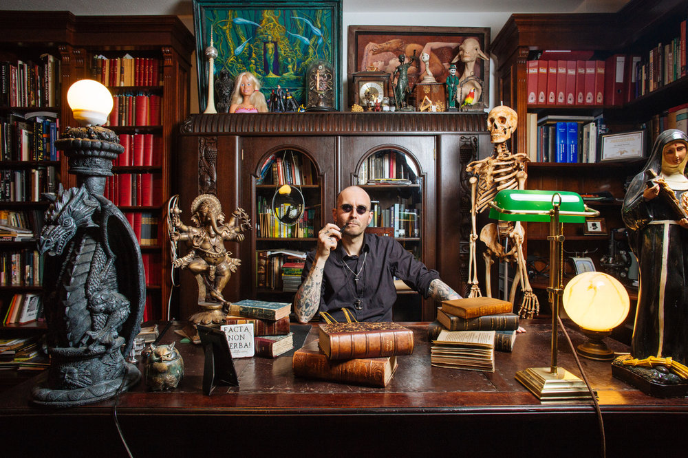 Titelbild: Mark Benecke – der Sherlock Holmes der Kriminalbiologie. Quelle:Christoph Hardt