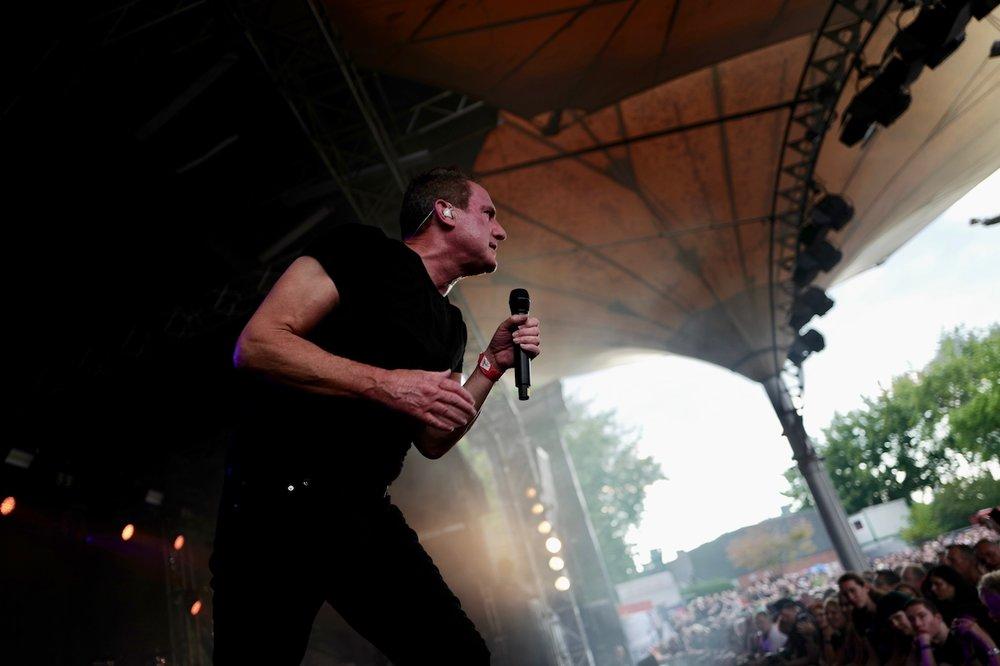 mark_benecke_amphi_festival_koeln_cologne_tanzbrunnen_gothic_OMD_oomph_agonoize_mono_inc_es23_sitd_solar_fake - 75.jpg