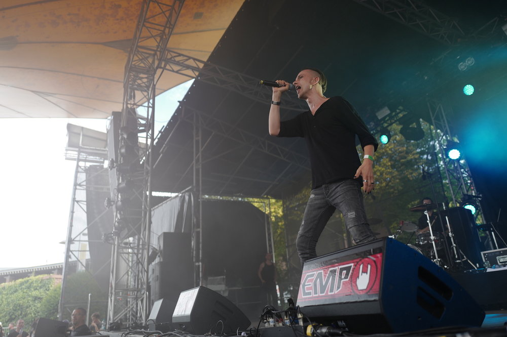 mark_benecke_amphi_festival_koeln_cologne_tanzbrunnen_gothic_OMD_oomph_agonoize_mono_inc_es23_sitd_solar_fake - 149.jpg