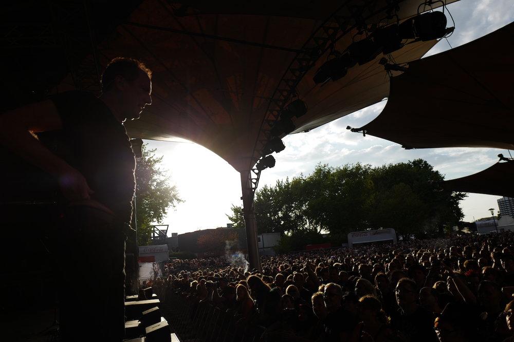 mark_benecke_amphi_festival_koeln_cologne_tanzbrunnen_gothic_OMD_oomph_agonoize_mono_inc_es23_sitd_solar_fake - 76.jpg