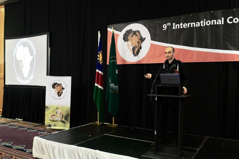 mark_benecke_ICD9_dipterology_world_congress_windhoeck_namibia - 138.jpg