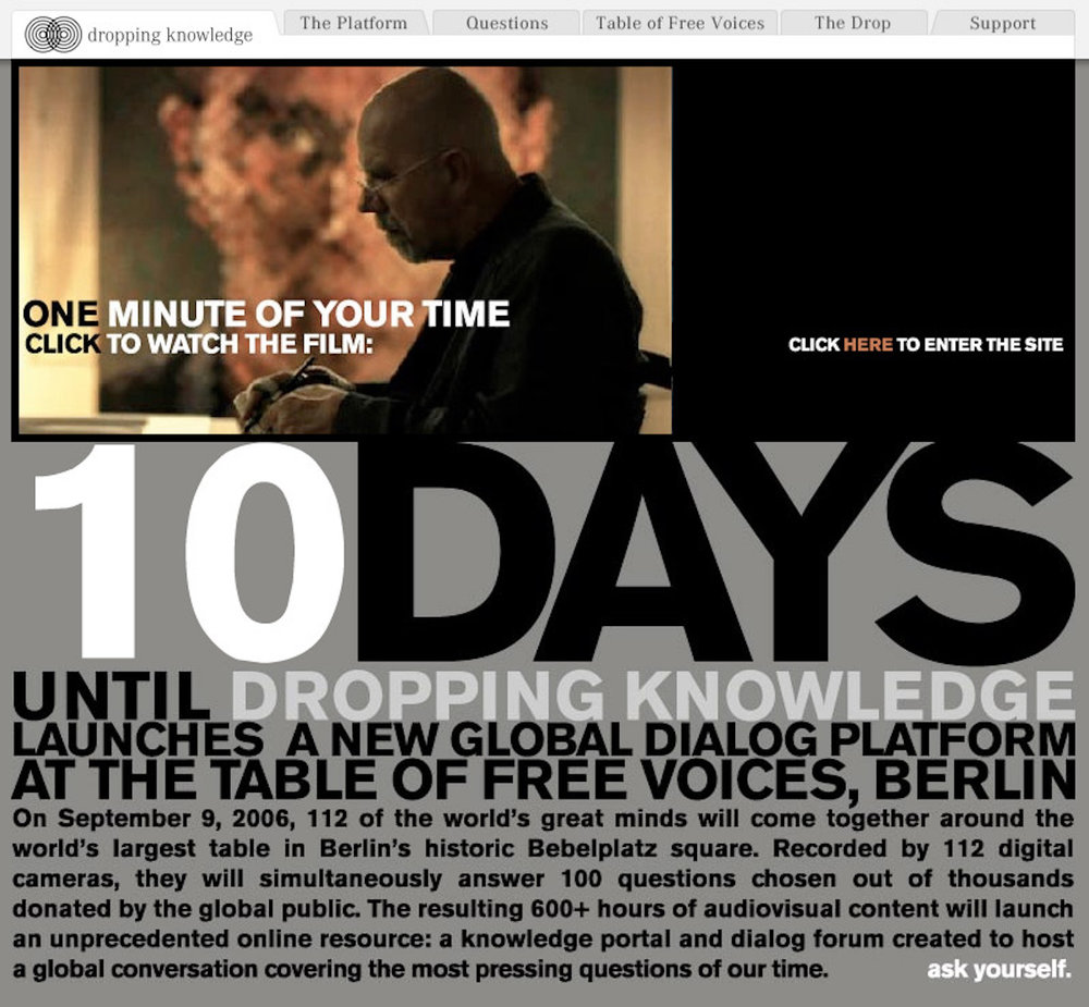 z_mark_benecke_dropping_knowledge_berlin_bebelplatz_opernplatz_unter_den_linden_table_of_free_voices - 4.jpg