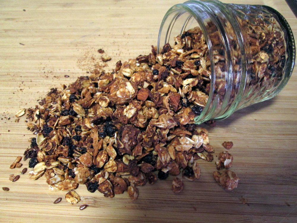 MapleAlmondGranola2.jpg