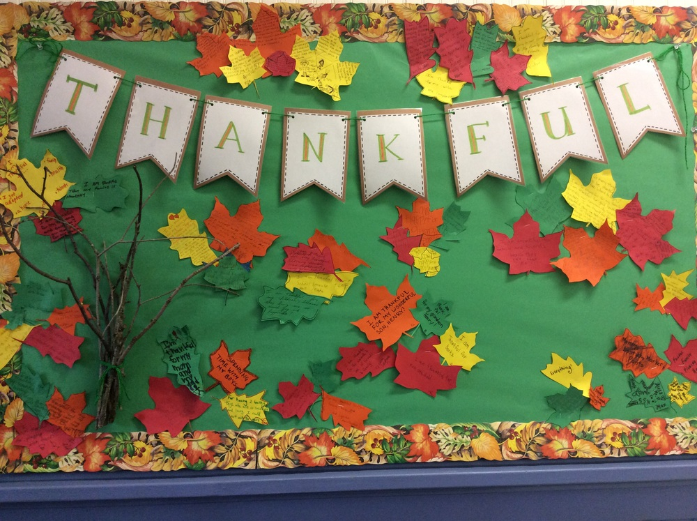November Calendar Bulletin Board Ideas : What are you thankful for — new suffolk common school