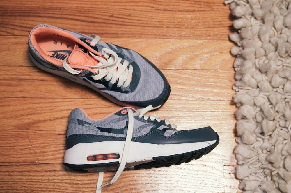 waiting for saturday : jenna gottlieb nike air max