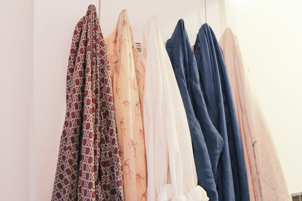 waiting for saturday : robes