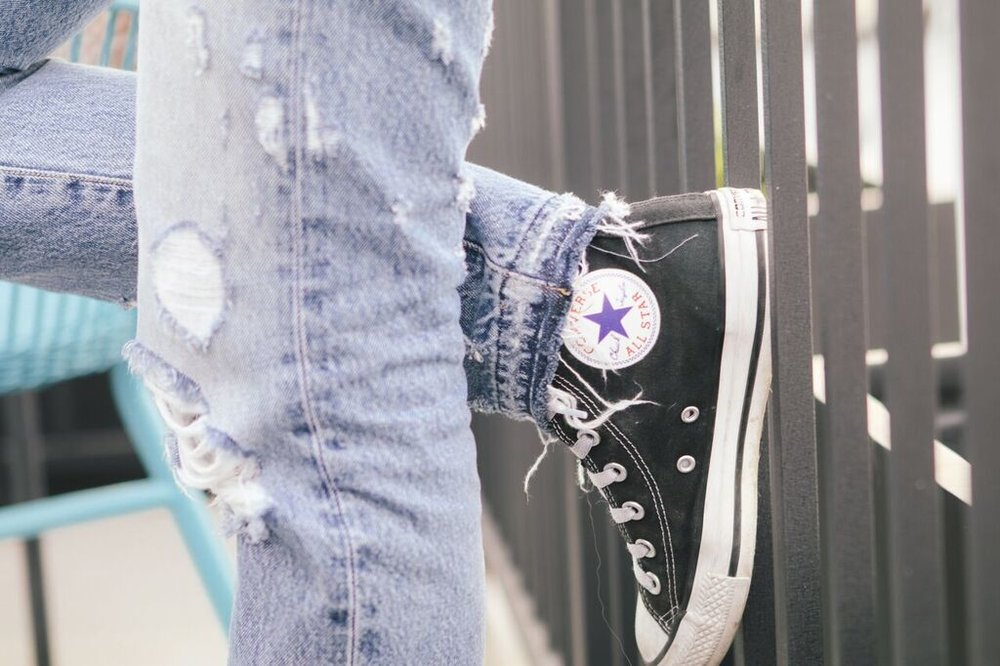 waiting for saturday : AYR jeans converse high tops