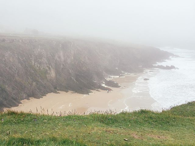 guinness, soda bread, gusty coastal drives—coco's trip through Ireland was dreamy AF and she shared pics and stories on wfs today.